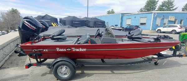 2021 Tracker Boats boat for sale, model of the boat is BT CLASSIC XL & Image # 1 of 5