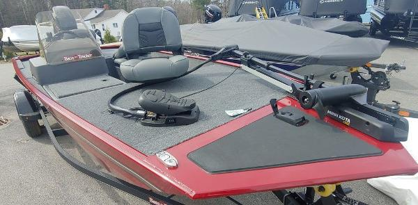 2021 Tracker Boats boat for sale, model of the boat is BT CLASSIC XL & Image # 3 of 5