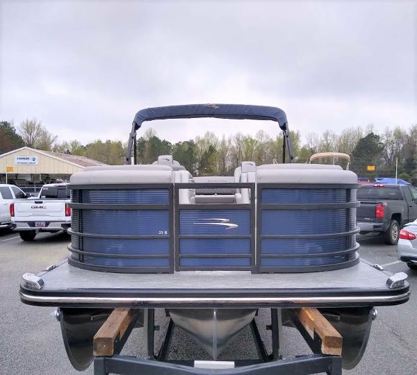 2020 Bennington boat for sale, model of the boat is 23 RSB & Image # 26 of 27