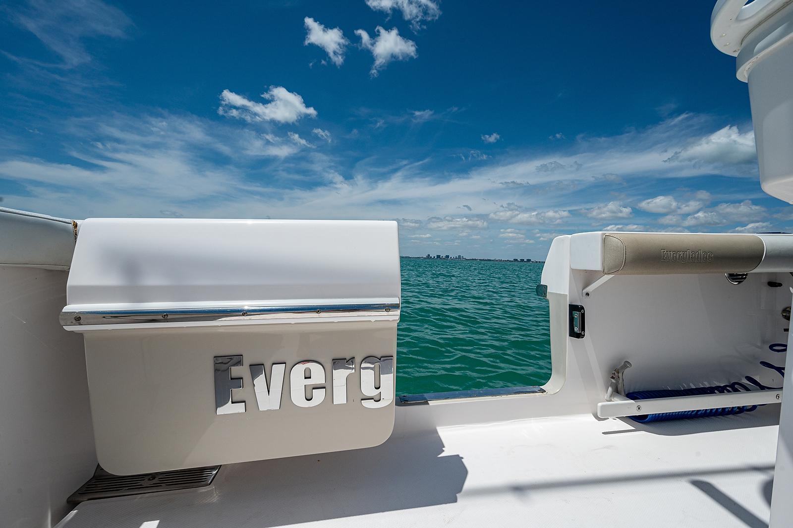 2014 Everglades 295 CC