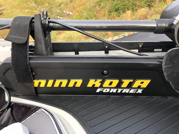 2017 Ranger Boats boat for sale, model of the boat is Z520C & Image # 6 of 20