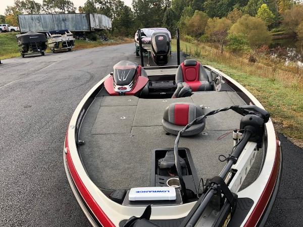 2017 Ranger Boats boat for sale, model of the boat is Z520C & Image # 10 of 20