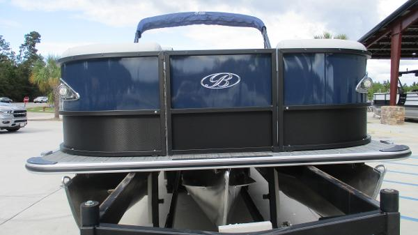 2021 Bentley boat for sale, model of the boat is Elite 223 Swingback (Full Tube) & Image # 7 of 61