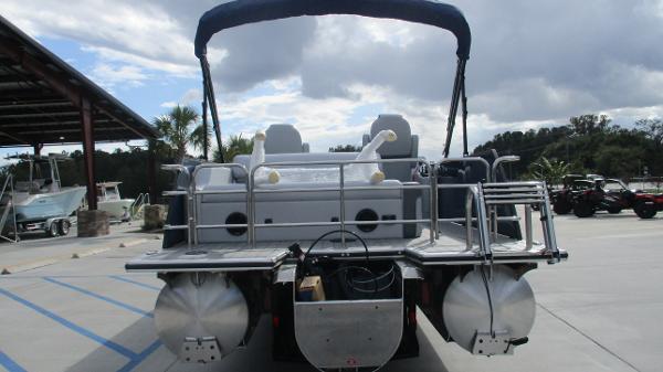 2021 Bentley boat for sale, model of the boat is Elite 223 Swingback (Full Tube) & Image # 8 of 61
