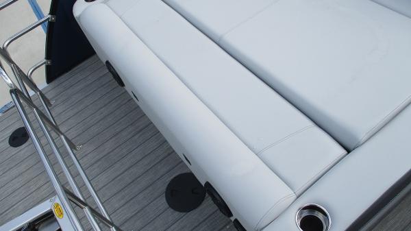2021 Bentley boat for sale, model of the boat is Elite 223 Swingback (Full Tube) & Image # 22 of 61