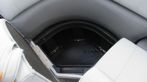 2021 Bentley boat for sale, model of the boat is Elite 223 Swingback (Full Tube) & Image # 47 of 61