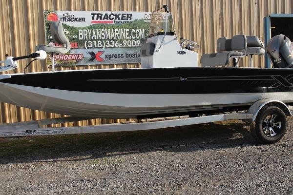 2021 Xpress boat for sale, model of the boat is H20B & Image # 2 of 9