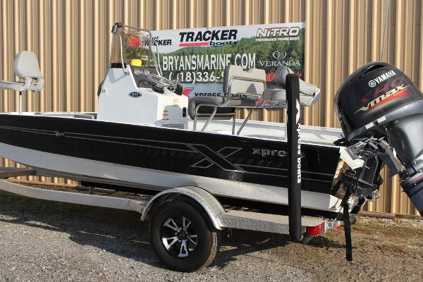 2021 Xpress boat for sale, model of the boat is H20B & Image # 3 of 9