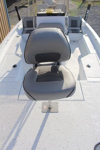 2021 Xpress boat for sale, model of the boat is H20B & Image # 6 of 9