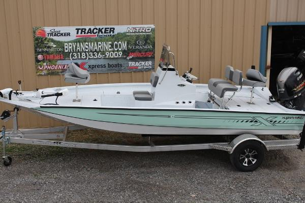 2021 Xpress boat for sale, model of the boat is H20B & Image # 7 of 9