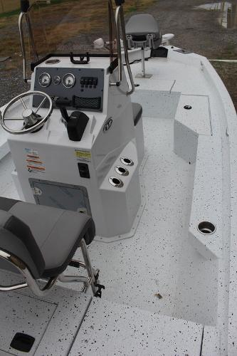 2021 Xpress boat for sale, model of the boat is H20B & Image # 3 of 10