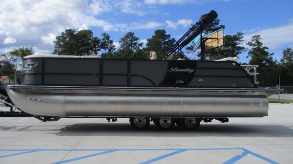 2021 Bentley boat for sale, model of the boat is Elite 223 Swingback (Full Tube) & Image # 4 of 52