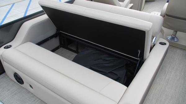 2021 Bentley boat for sale, model of the boat is Elite 223 Swingback (Full Tube) & Image # 17 of 52