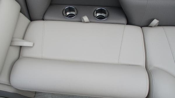 2021 Bentley boat for sale, model of the boat is Elite 223 Swingback (Full Tube) & Image # 37 of 52