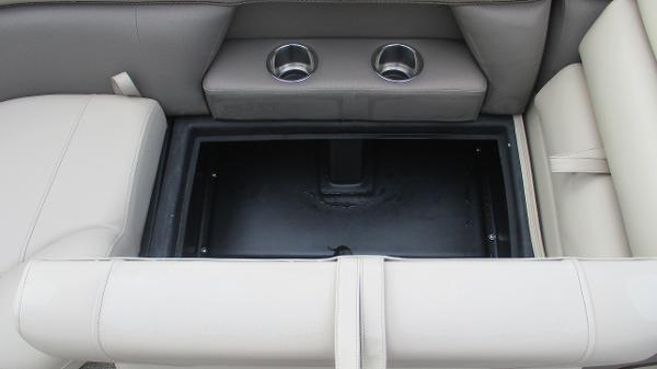 2021 Bentley boat for sale, model of the boat is Elite 223 Swingback (Full Tube) & Image # 45 of 52