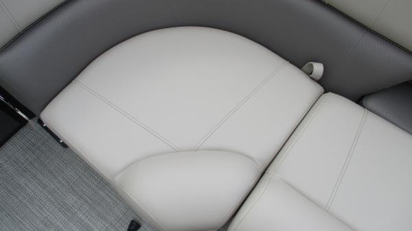 2021 Bentley boat for sale, model of the boat is Elite 223 Swingback (Full Tube) & Image # 46 of 52