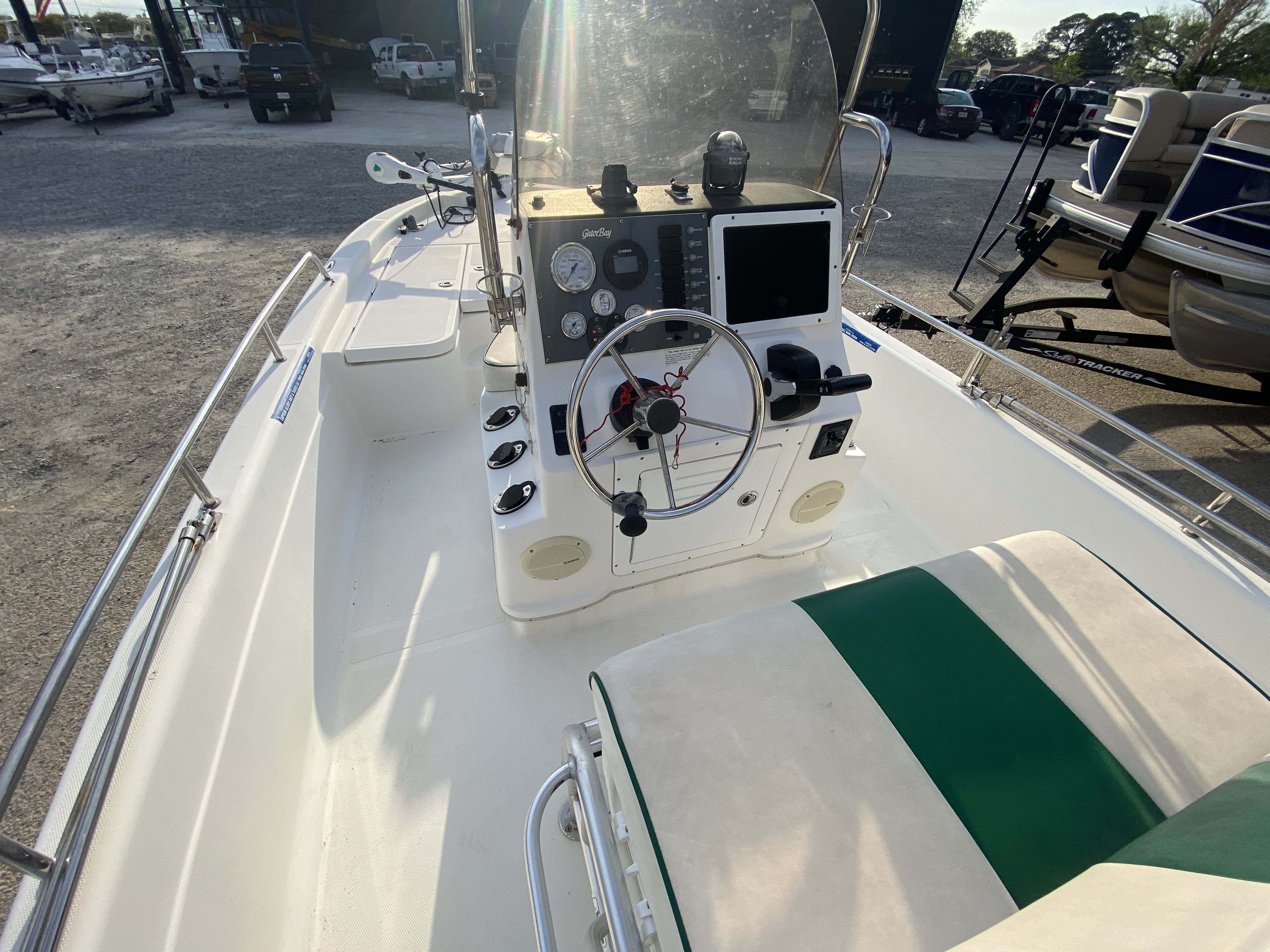 2005 ProGator boat for sale, model of the boat is 2110 CC & Image # 7 of 18