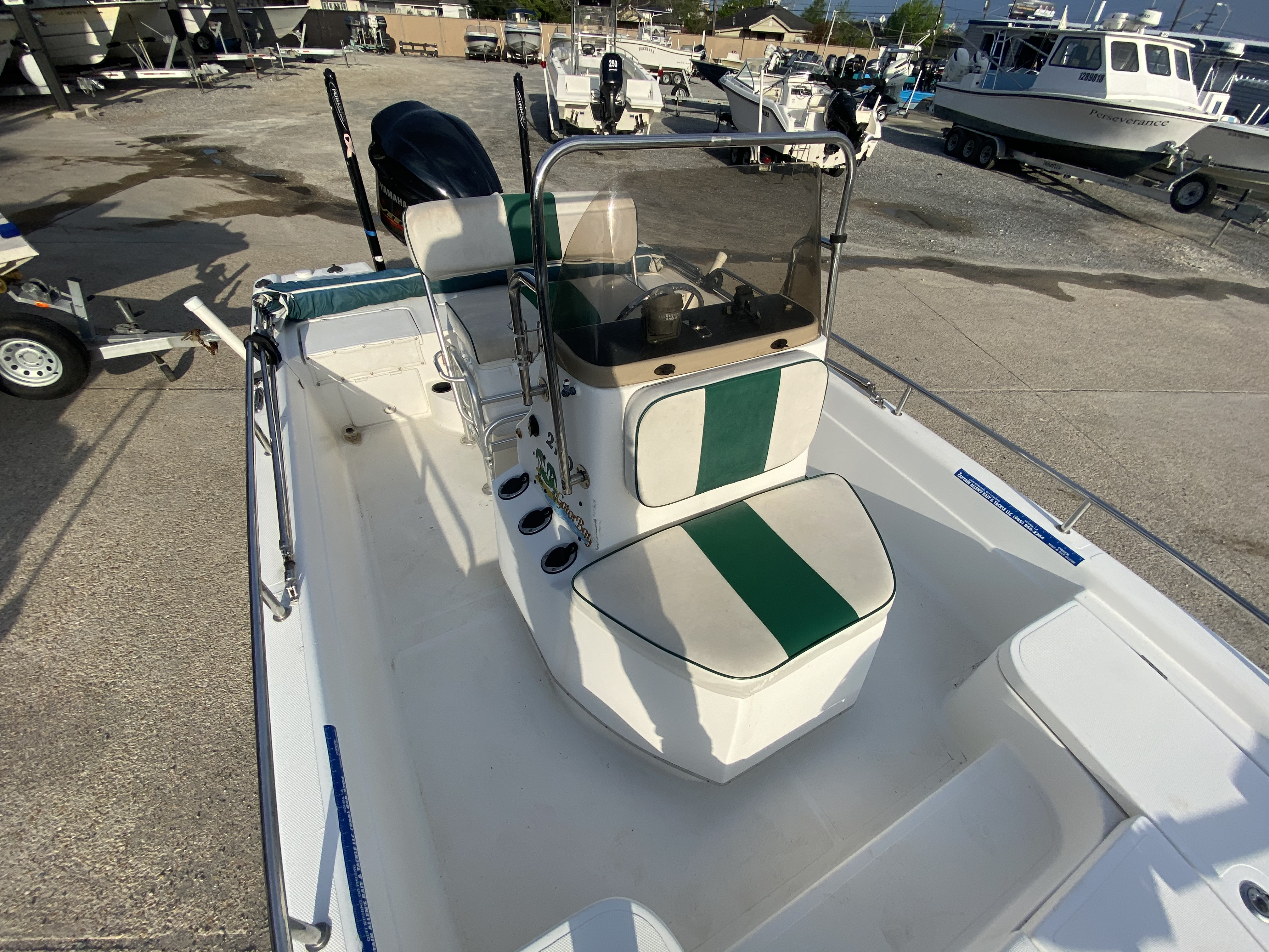 2005 ProGator boat for sale, model of the boat is 2110 CC & Image # 15 of 18