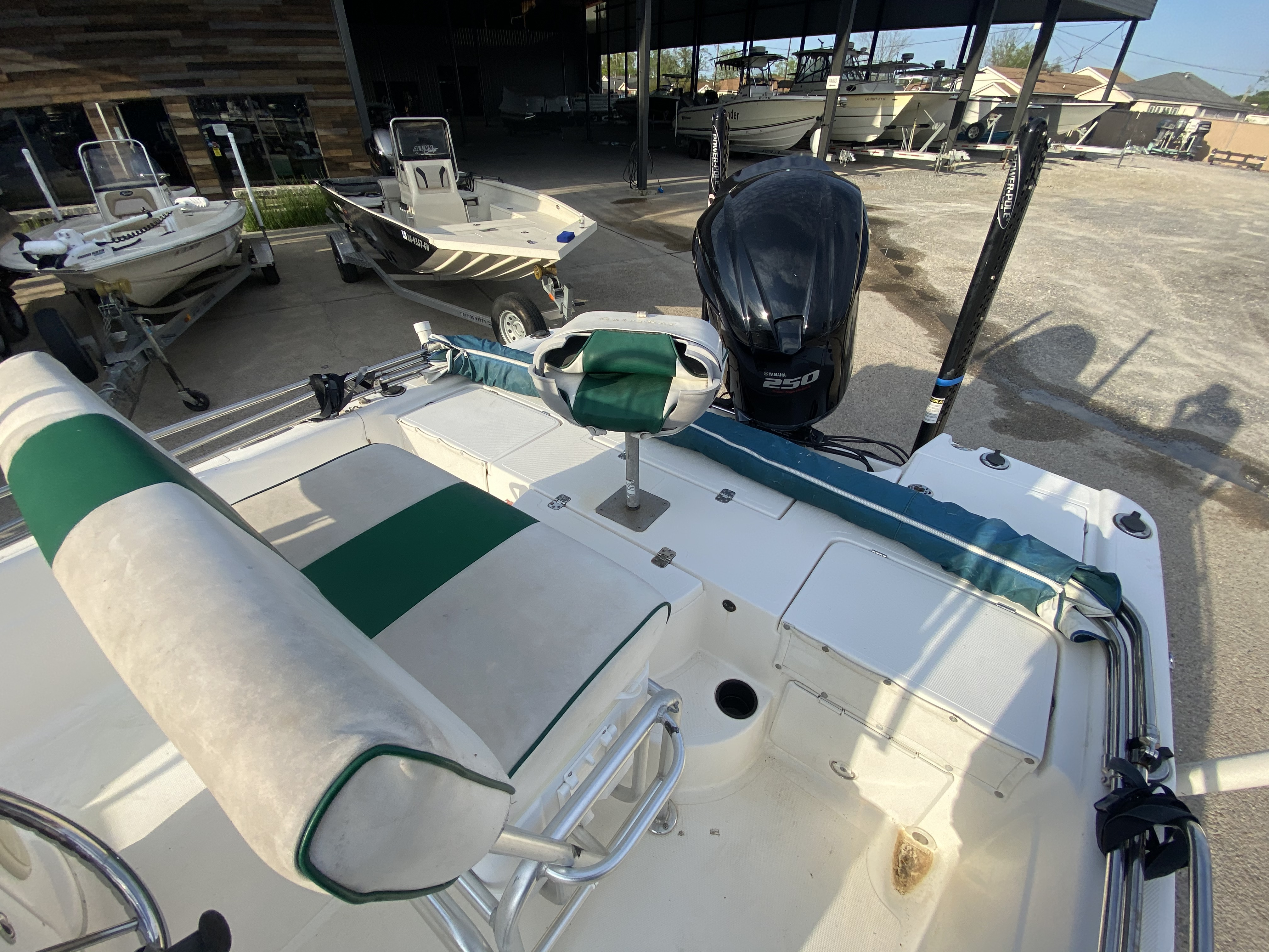 2005 ProGator boat for sale, model of the boat is 2110 CC & Image # 17 of 18