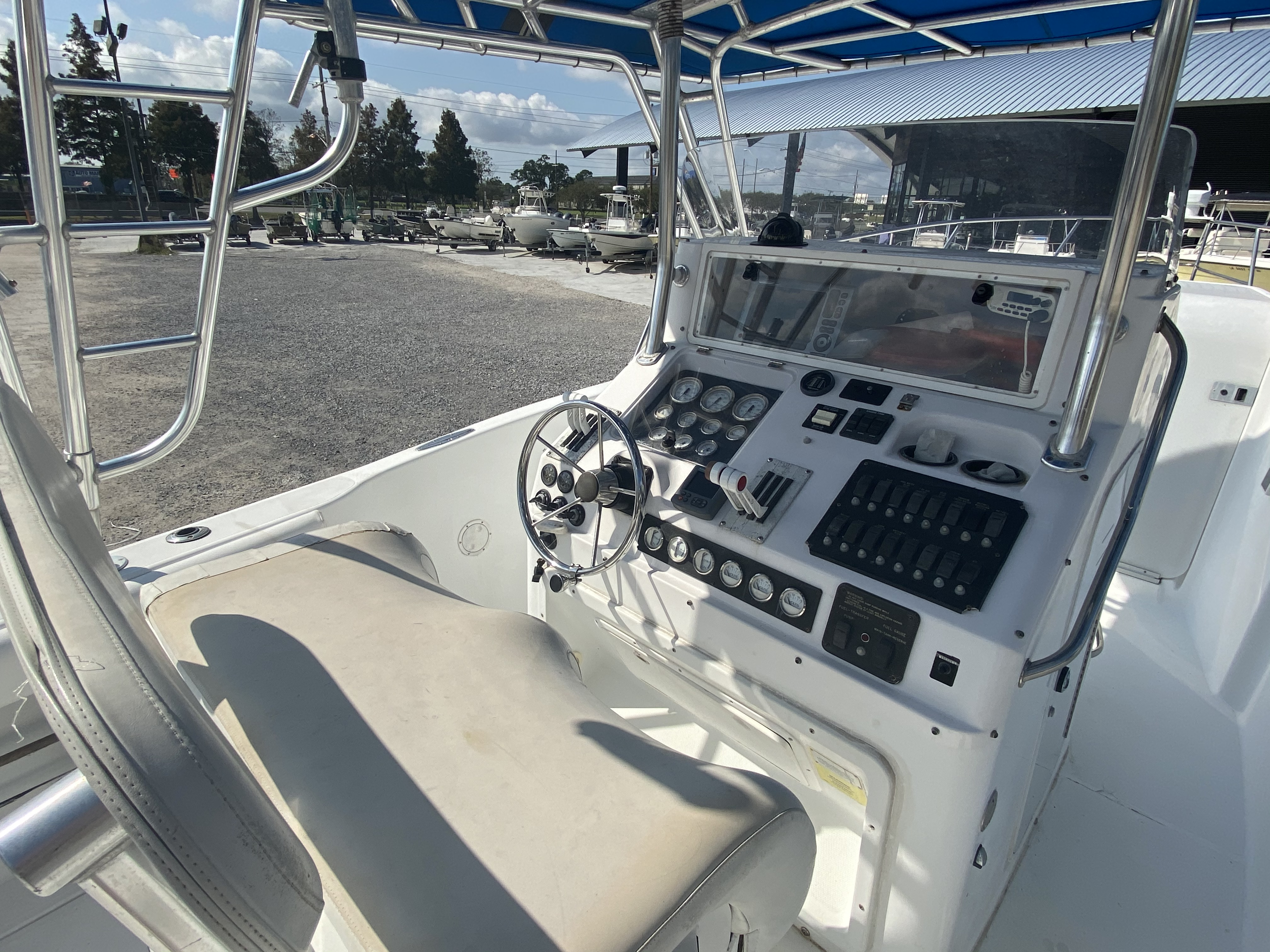 1999 Pro-Line boat for sale, model of the boat is 3400 SS & Image # 2 of 17