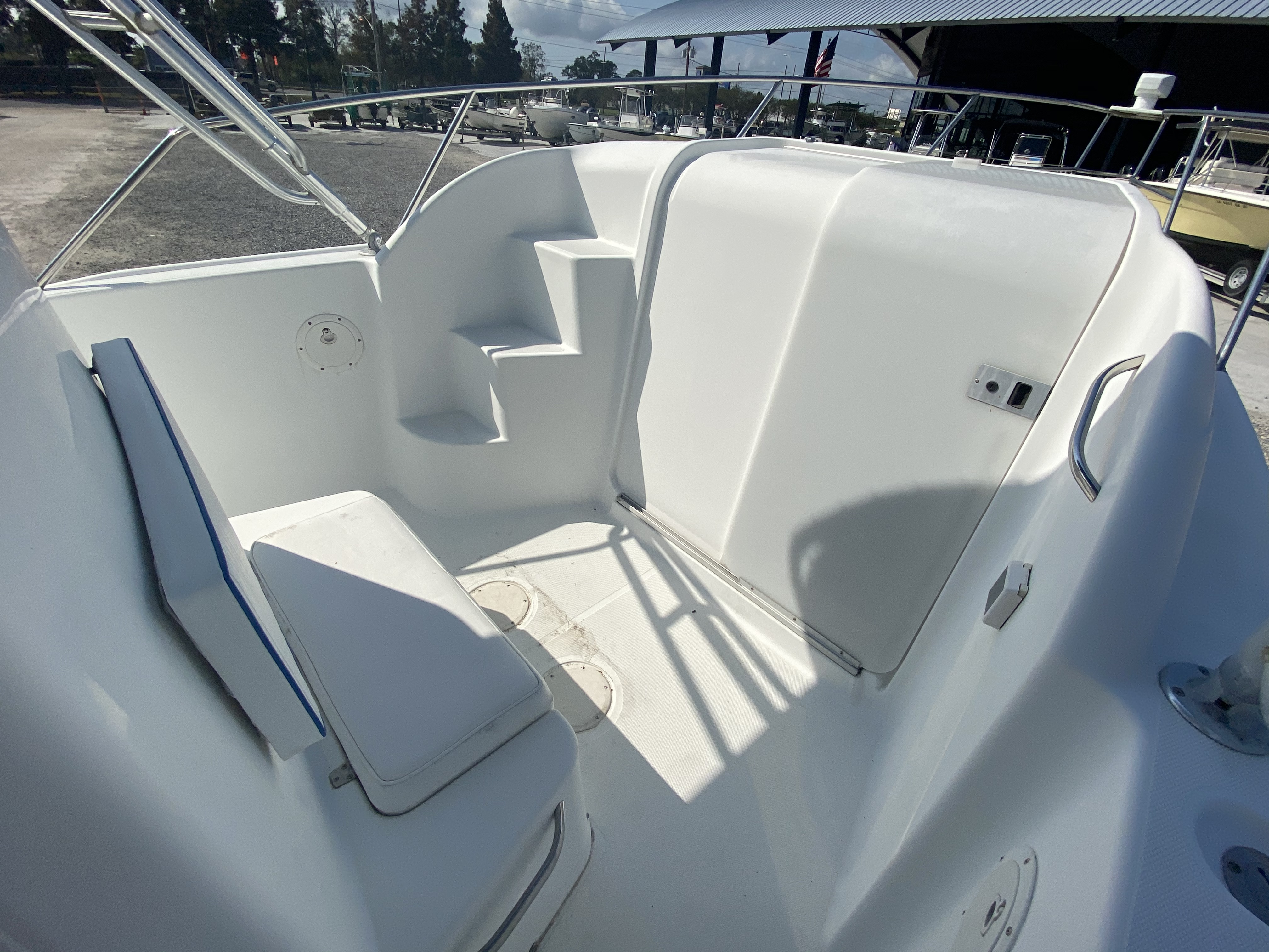 1999 Pro-Line boat for sale, model of the boat is 3400 SS & Image # 6 of 17
