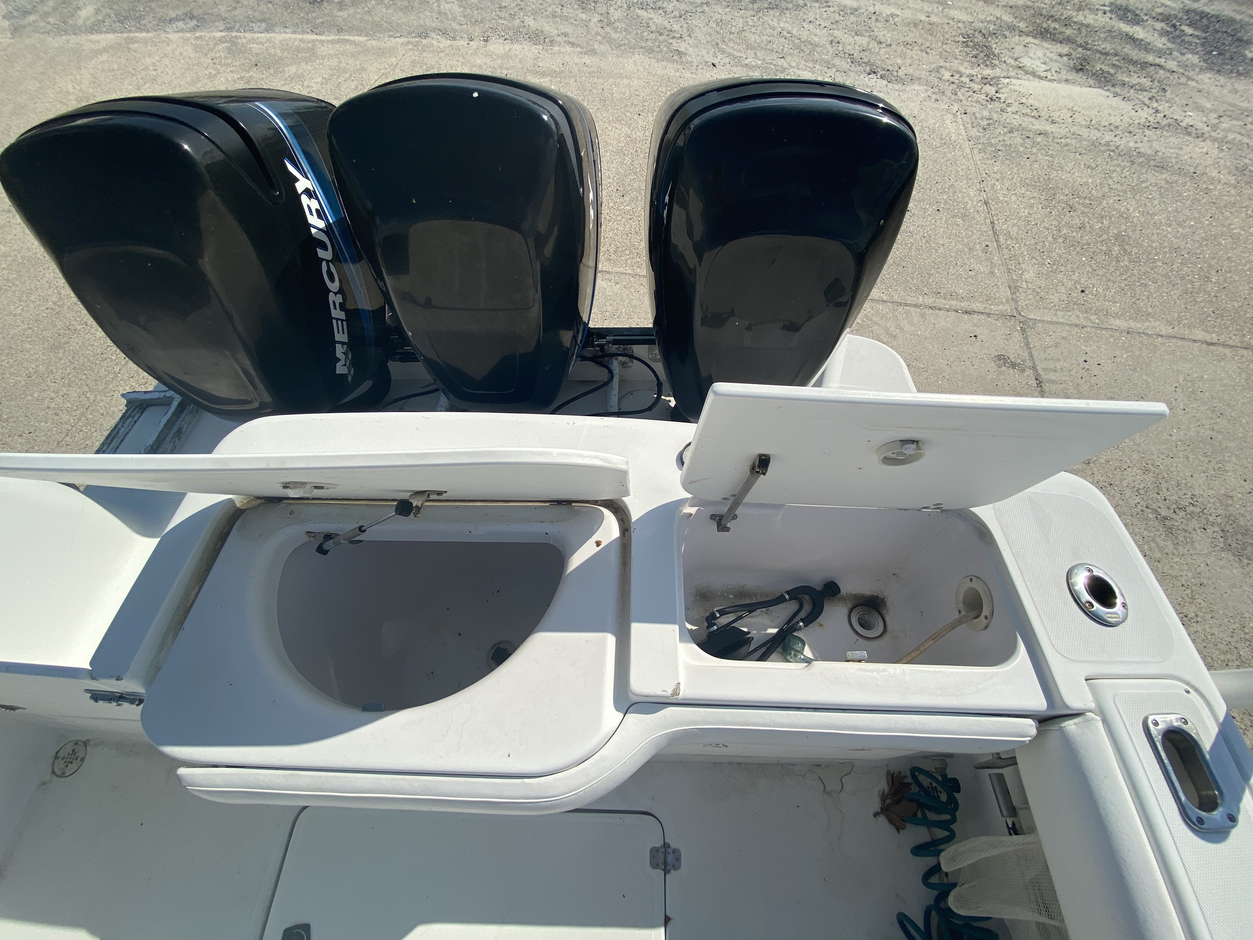 1999 Pro-Line boat for sale, model of the boat is 3400 SS & Image # 11 of 17