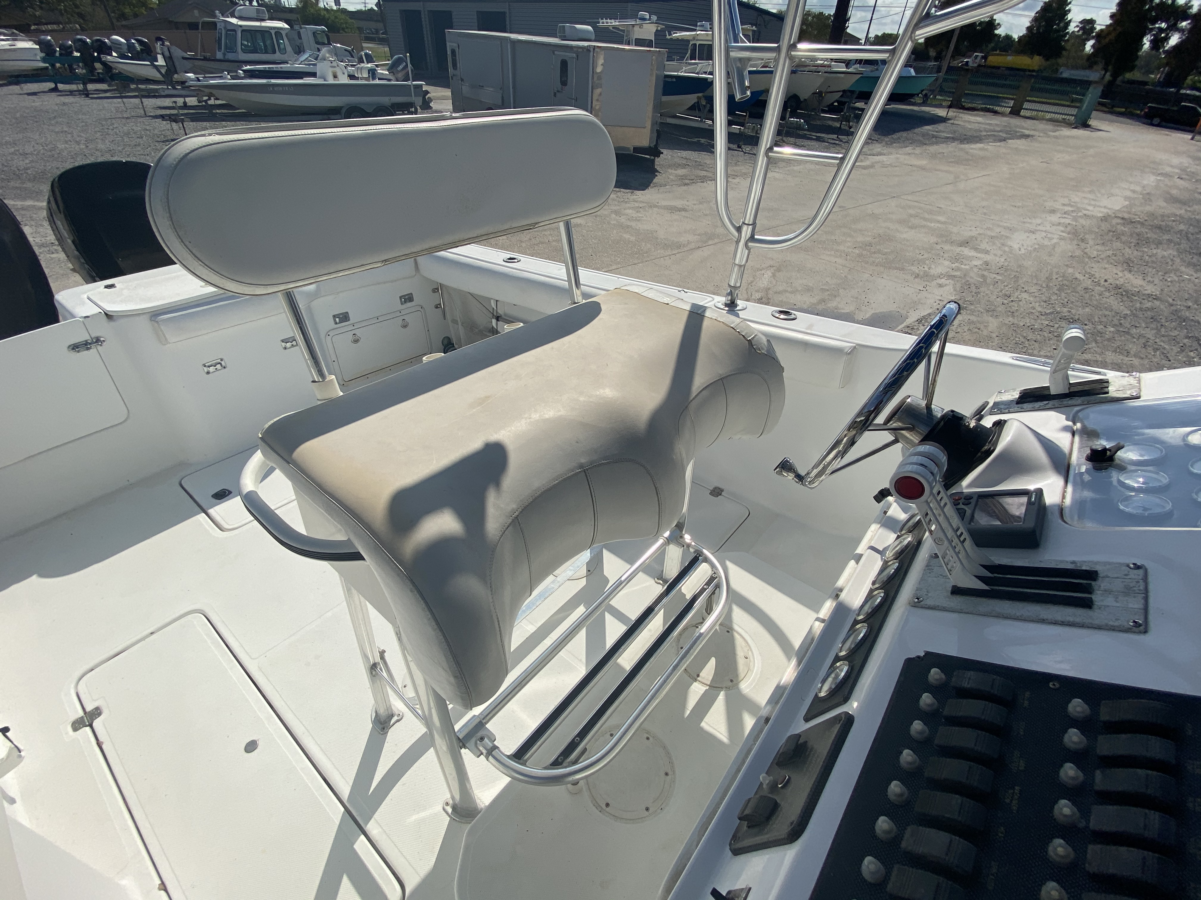 1999 Pro-Line boat for sale, model of the boat is 3400 SS & Image # 7 of 17