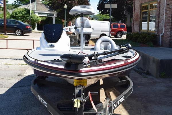 2020 Nitro boat for sale, model of the boat is Z17 & Image # 6 of 41