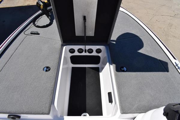 2020 Nitro boat for sale, model of the boat is Z17 & Image # 19 of 41