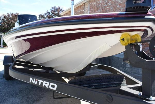 2020 Nitro boat for sale, model of the boat is Z17 & Image # 28 of 41