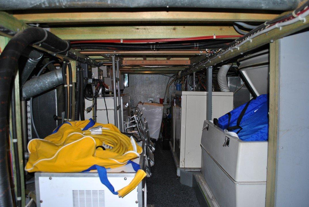 Canoe Cove 53 Tri Cabin Pilothouse