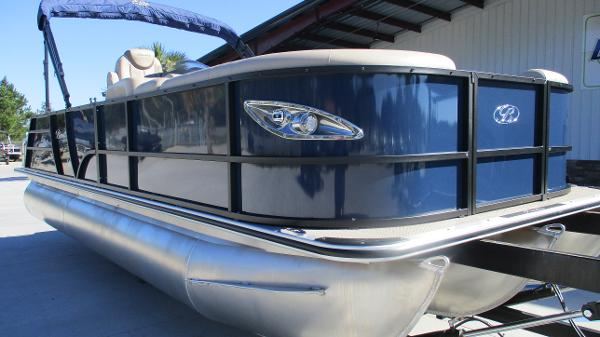 2021 Bentley boat for sale, model of the boat is Elite 223 Swingback (Full Tube) & Image # 1 of 57