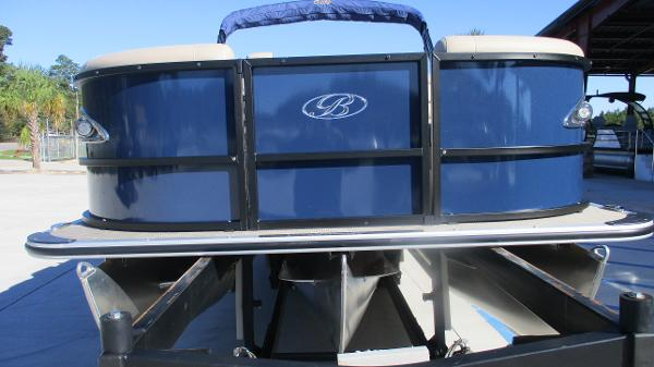 2021 Bentley boat for sale, model of the boat is Elite 223 Swingback (Full Tube) & Image # 7 of 57