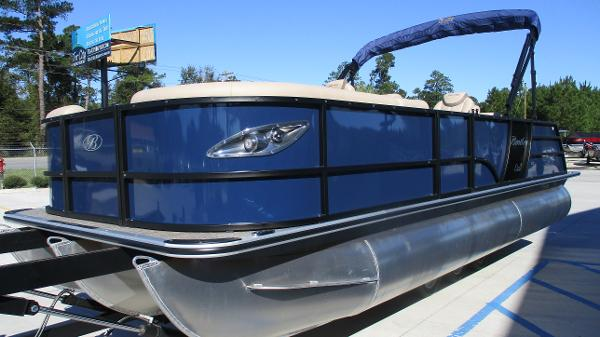 2021 Bentley boat for sale, model of the boat is Elite 223 Swingback (Full Tube) & Image # 2 of 57