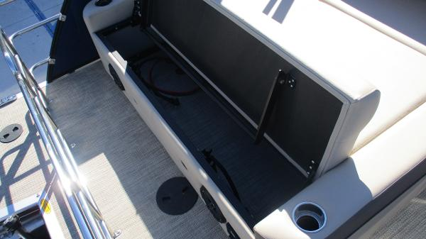 2021 Bentley boat for sale, model of the boat is Elite 223 Swingback (Full Tube) & Image # 15 of 57
