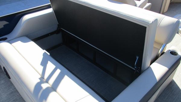 2021 Bentley boat for sale, model of the boat is Elite 223 Swingback (Full Tube) & Image # 17 of 57