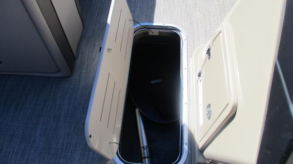 2021 Bentley boat for sale, model of the boat is Elite 223 Swingback (Full Tube) & Image # 36 of 57
