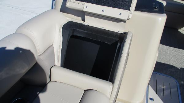 2021 Bentley boat for sale, model of the boat is Elite 223 Swingback (Full Tube) & Image # 39 of 57