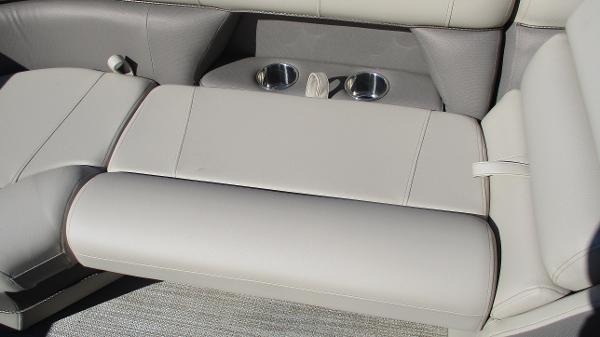 2021 Bentley boat for sale, model of the boat is Elite 223 Swingback (Full Tube) & Image # 40 of 57