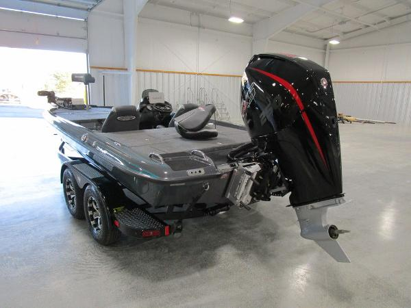 2021 Phoenix boat for sale, model of the boat is 721 ProXP & Image # 4 of 27