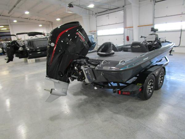 2021 Phoenix boat for sale, model of the boat is 721 ProXP & Image # 8 of 27