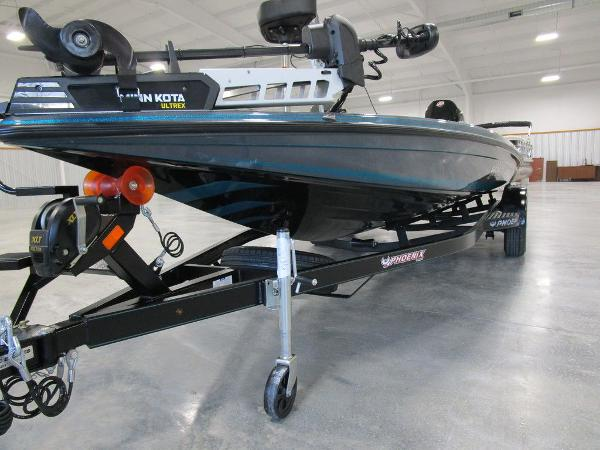 2021 Phoenix boat for sale, model of the boat is 721 ProXP & Image # 17 of 27