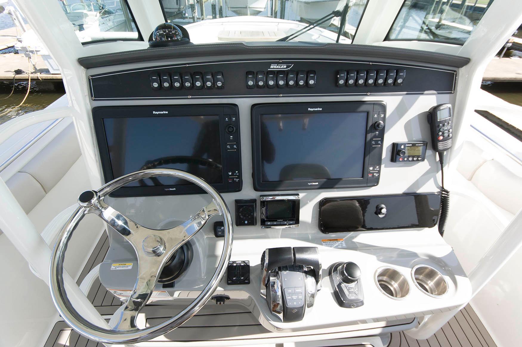 M 5688 JB Knot 10 Yacht Sales