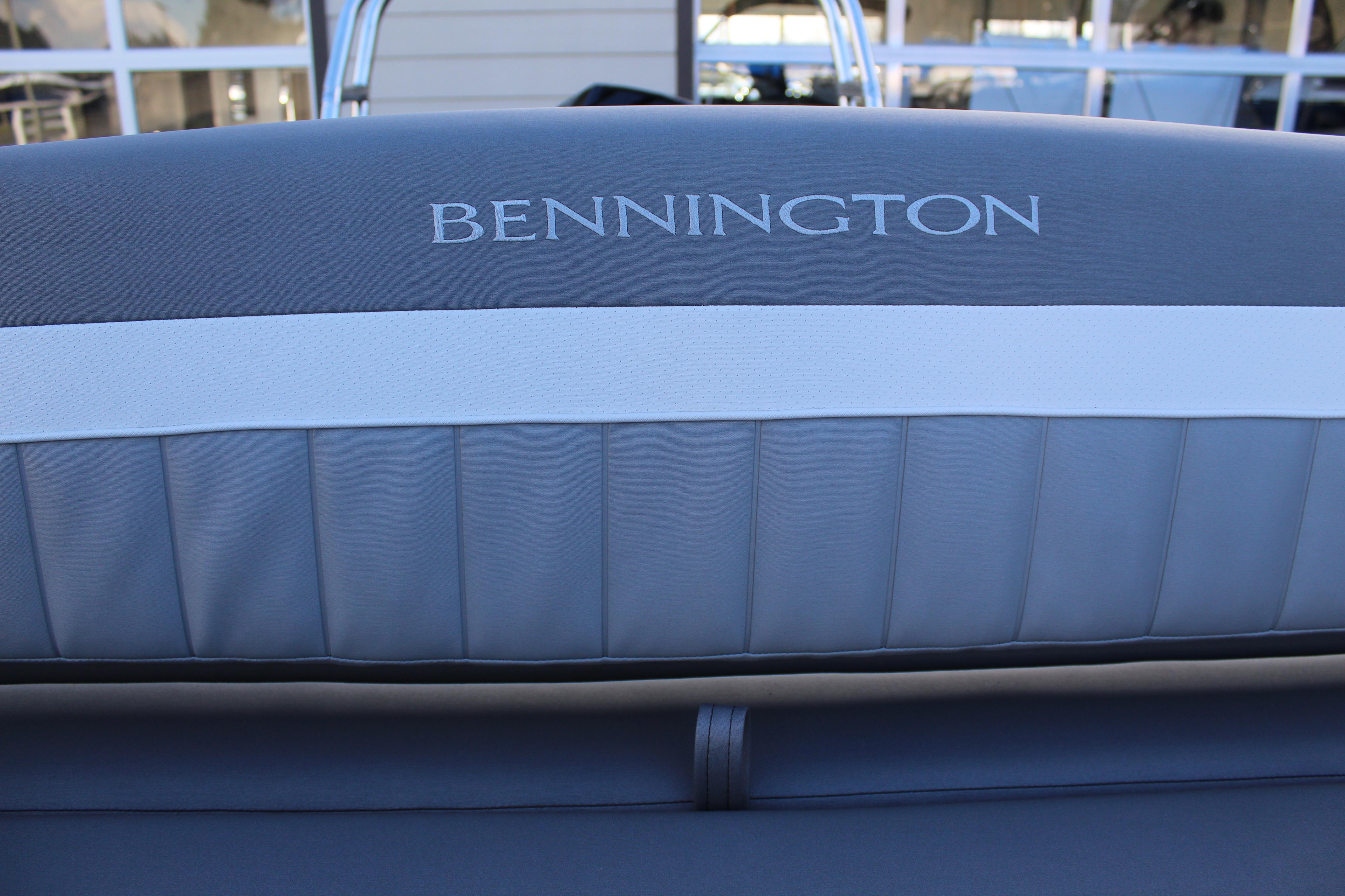 2021 Bennington 23 LX SBSD