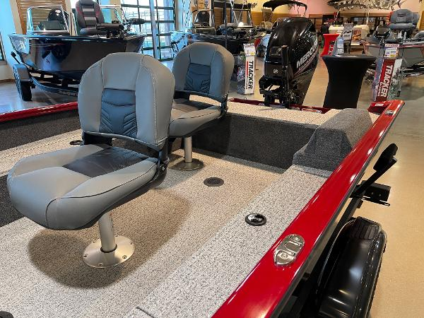 2021 Tracker Boats boat for sale, model of the boat is Super Guide V-16 T & Image # 11 of 45