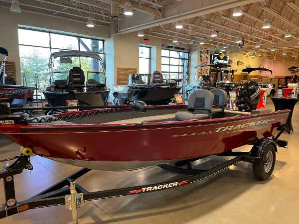 2021 Tracker Boats boat for sale, model of the boat is Super Guide V-16 T & Image # 17 of 45