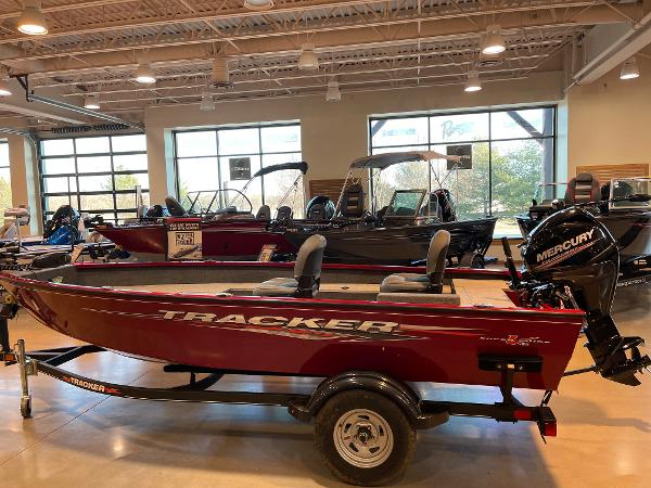 2021 Tracker Boats boat for sale, model of the boat is Super Guide V-16 T & Image # 2 of 45
