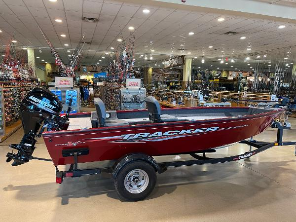 2021 Tracker Boats boat for sale, model of the boat is Super Guide V-16 T & Image # 19 of 45