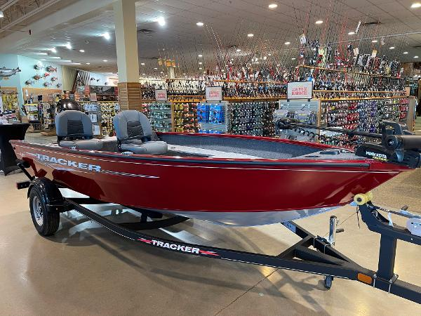2021 Tracker Boats boat for sale, model of the boat is Super Guide V-16 T & Image # 1 of 45