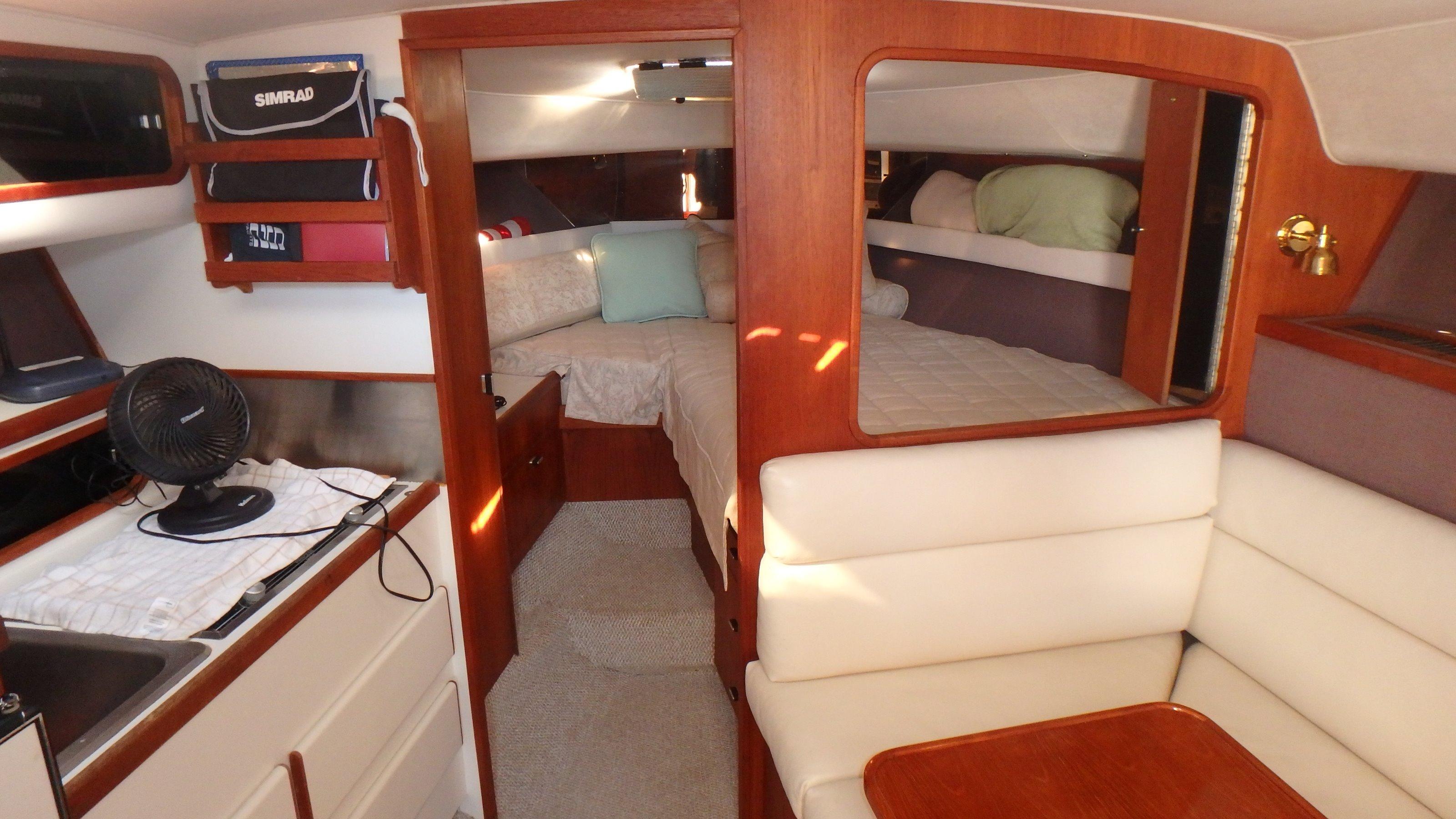 Tiara Yachts 3100 Tower - Photo: #3